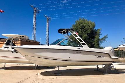 Boston Whaler 230 Vantage for sale in Spain for €105,900 (£95,197)