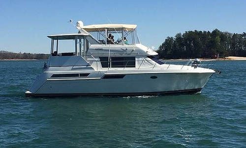 Image of Carver Yachts 405 MY for sale in United States of America for $89,900 (£74,226) Gainesville, Georgia, United States of America