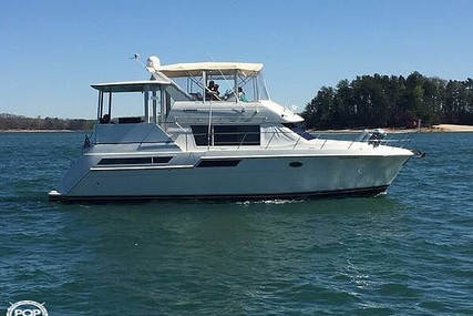 Carver Yachts 405 MY for sale in United States of America for $99,900 (£79,715)