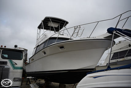 Luhrs 3400 Motoryacht for sale in United States of America for $18,000 (£14,553)