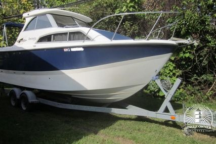 Bayliner Discovery 246 for sale in United States of America for $49,995 (£38,831)