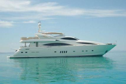 Sunseeker 105 for sale in Greece for €1,750,000 (£1,566,809)