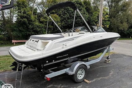 Bayliner VR5 for sale in United States of America for $33,000 (£26,513)