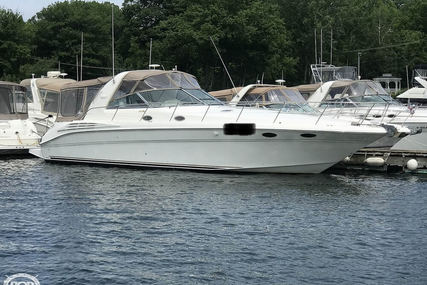 Sea Ray 400 Sundancer for sale in United States of America for $119,000 (£91,481)