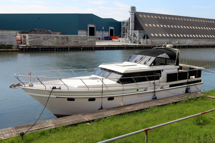 Super Falcon 45 Royal for sale in Netherlands for €88,000 (£78,701)