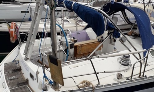 Image of Beneteau Oceanis 430 for sale in  for €45,000 (£39,893)