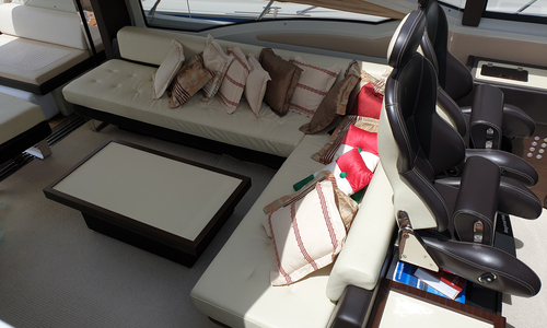 Image of Azimut Yachts 62 S for sale in France for €750,000 (£676,145) France