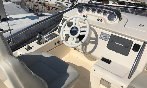 Image of Azimut Yachts 47 for sale in Montenegro for €439,131 (£393,113) Montenegro