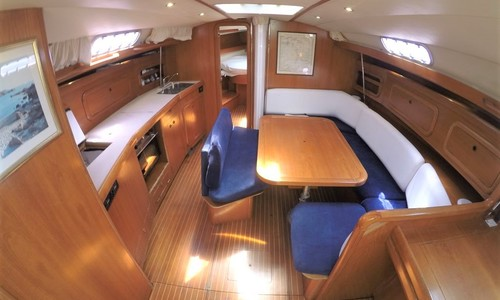 Image of Cantiere Del Pardo GRAND SOLEIL 43 for sale in France for €79,000 (£71,059) LE LAVANDOU, France