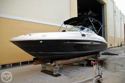 Sea Ray 240 Sundeck for sale in United States of America for $24,500 (£19,721)