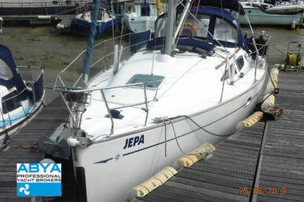 Jeanneau Sun Odyssey 35 Lifting Keel for sale in United Kingdom for £62,500