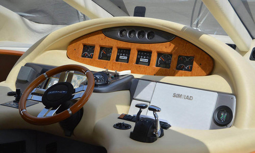 Image of Azimut Yachts 55 for sale in Montenegro for €380,000 (£347,035) Montenegro