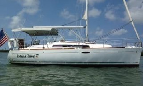 Image of Beneteau Oceanis 31 for sale in United States of America for $79,900 (£61,921) St James City, Florida, United States of America