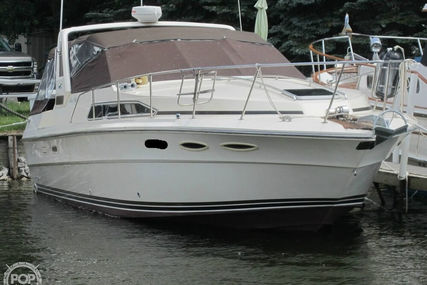 Sea Ray 340 Sundancer for sale in United States of America for $23,000 (£18,930)