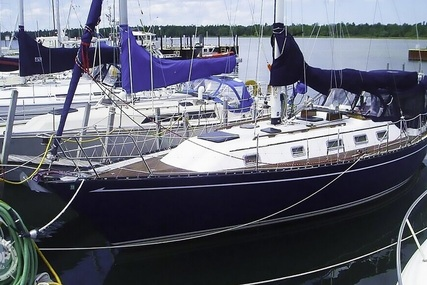 Quest 36 Semi Custom for sale in United States of America for $48,000 (£37,063)