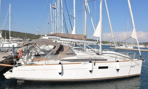Image of Jeanneau Sun Odyssey 349 for sale in Croatia for €80,000 (£73,331) Dalmatia (, Croatia