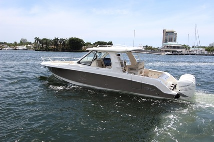 Boston Whaler 2019  380 Realm for sale in United States of America for $845,000 (£678,889)