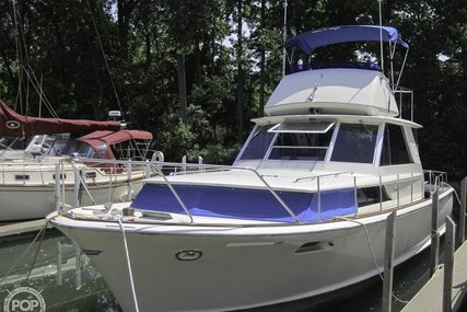Chris-Craft 380 Commander for sale in United States of America for $20,000 (£16,461)
