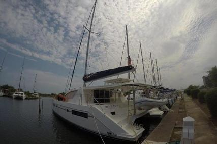 Leopard 48 for sale in Belize for $495,000 (£376,529)
