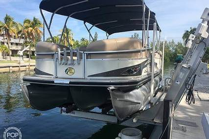 Sun Tracker Party-Barge 25 XP3 for sale in United States of America for $22,750 (£17,266)