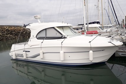 Beneteau Antares 8 for sale in France for €50,000 (£44,868)