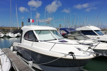 Beneteau Antares 8 for sale in France for €62,500 (£56,476)