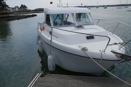 Beneteau Antares 710 for sale in France for €31,860 (£28,789)