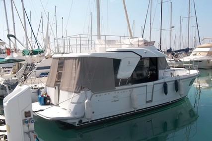 Beneteau Swift Trawler 30 for sale in France for €199,000 (£178,575)