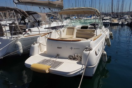 Jeanneau Leader 805 for sale in France for €34,000 (£28,672)