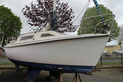 Beneteau CALIFORNIE 580 for sale in France for €5,500 (£4,733)