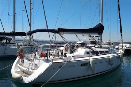 Jeanneau Sun Odyssey 42i for sale in Italy for €81,000 (£73,285)