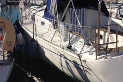 Hanse 311 for sale in Italy for €38,000 (£32,096)