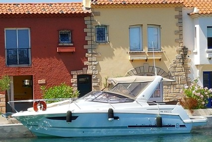 Jeanneau Leader 8 for sale in France for €75,000 (£66,240)