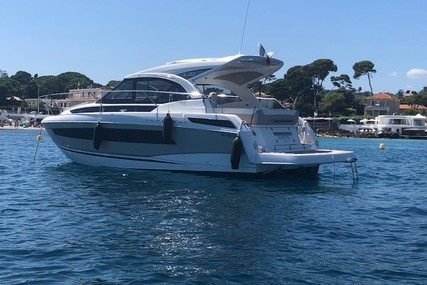 Jeanneau Leader 33 for sale in France for €223,000 (£204,366)