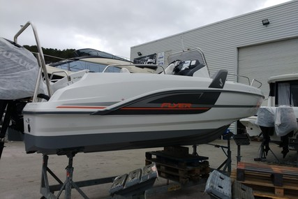 Beneteau Flyer 6.6 Spacedeck for sale in France for €38,000 (£34,701)