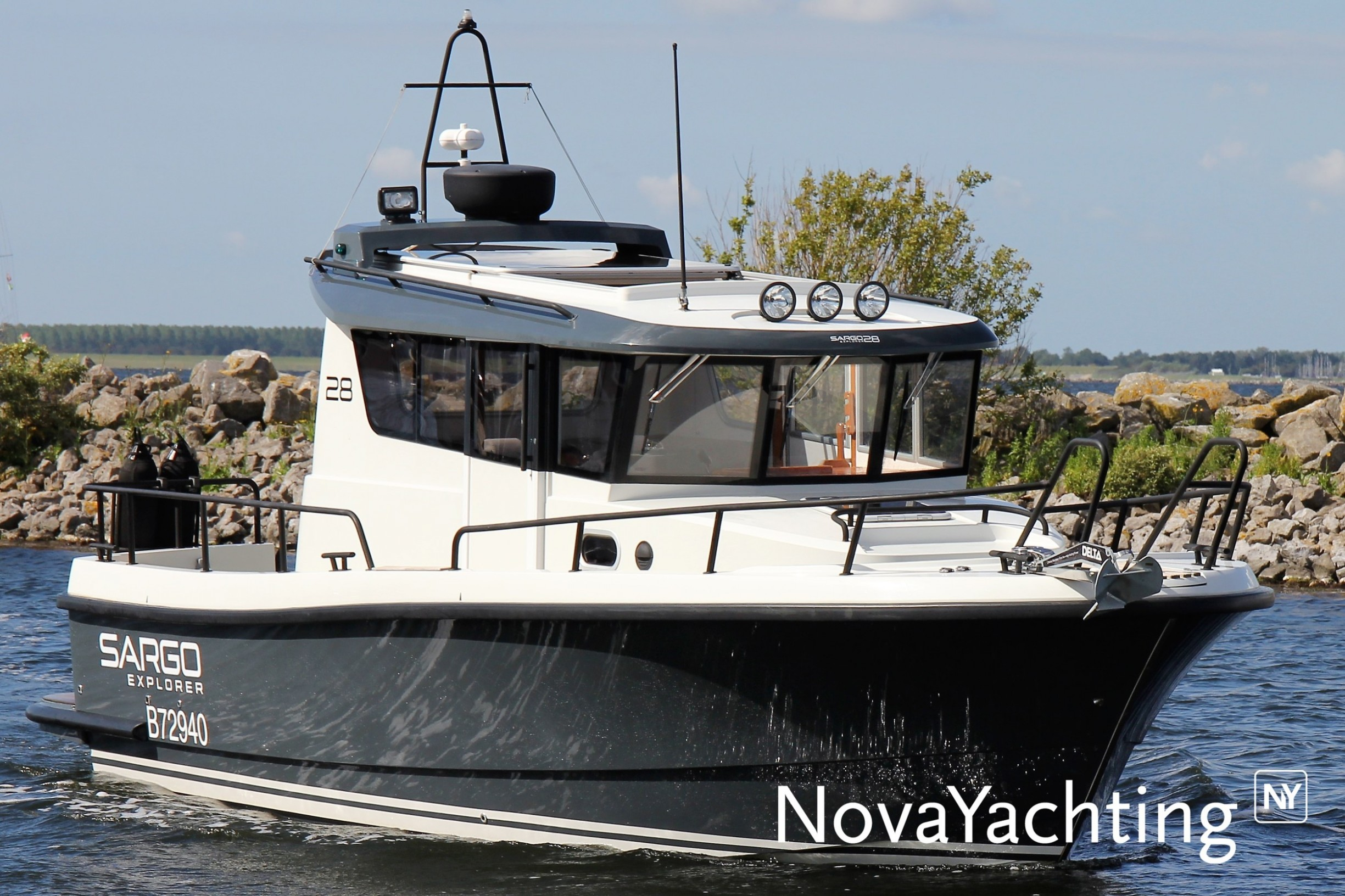 Sargo 28 Explorer for sale in Netherlands for €139,000 on volcano map, mariana trench map, peninsula map, sailing map, massif map, sound map, channel map, ocean map, estuary map, coral reef map, seabed map, mediterranean map, caribbean map, gulf map, glacier map, bay map, south east asia map, world map, lagoon map, lake map,