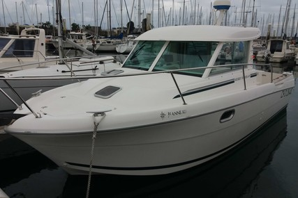 Jeanneau Merry Fisher 695 for sale in France for €25,000 (£22,425)
