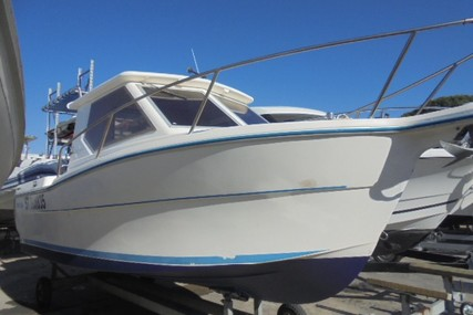 Ocqueteau 610 for sale in France for €11,000 (£9,952)