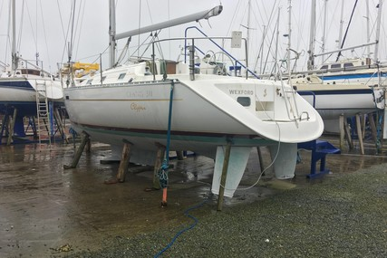 Beneteau OCEANIS 311 LIFTING KEEL for sale in Ireland for €37,500 (£32,268)