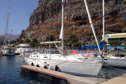 Jeanneau Sun Odyssey 42 CC for sale in Spain for €84,500 (£73,086)