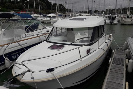 Beneteau Antares 7.80 for sale in France for €36,000 (£32,874)