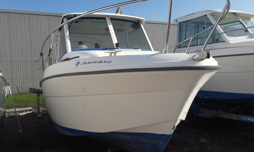 Image of Jeanneau Merry Fisher 580 for sale in France for €13,500 (£11,959) Pornic, , France