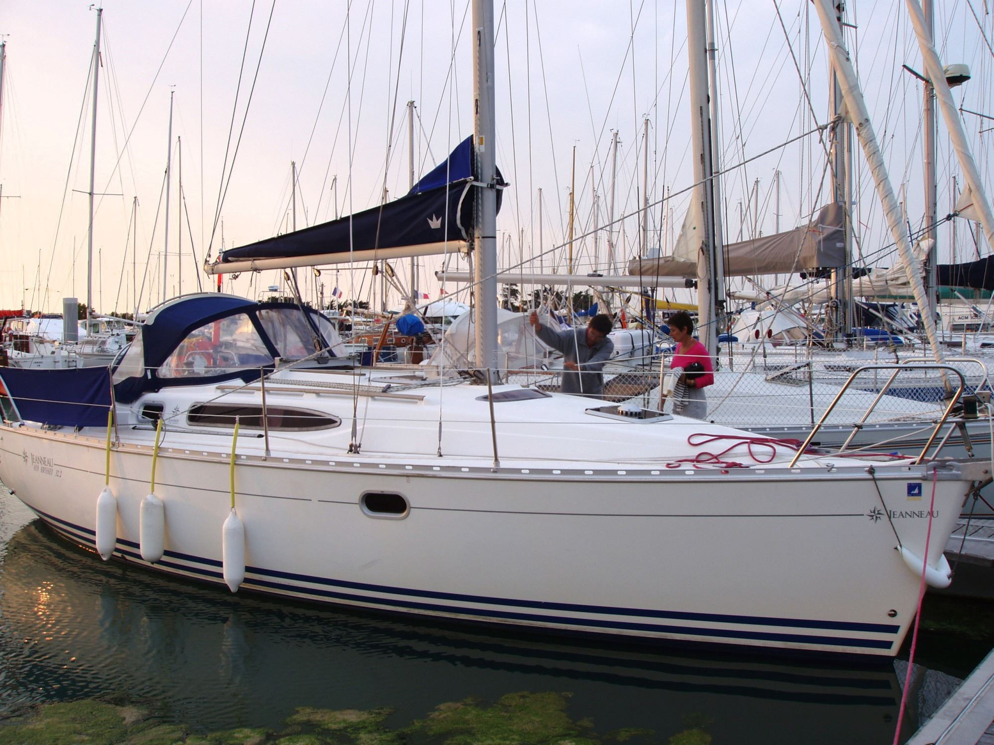 Jeanneau Sun Odyssey 32 2 Lifting Keel For Sale In France For 32 000