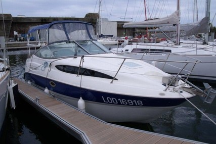 Bayliner 245 Cruiser for sale in France for €10,000 (£8,995)