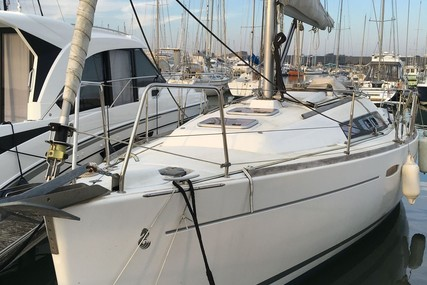 Beneteau Oceanis 31 Lifting Keel for sale in France for €59,000 (£52,923)