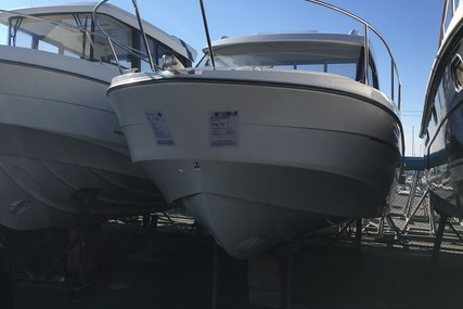 Beneteau Antares 8 OB for sale in France for €69,900 (£62,214)