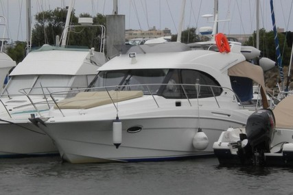 Beneteau Antares 30 for sale in France for €95,000 (£84,749)