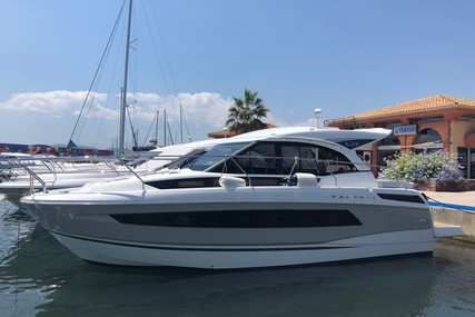Jeanneau Leader 33 for sale in France for €249,999 (£224,623)
