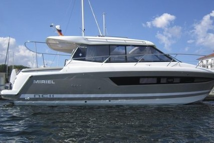 Jeanneau NC 11 for sale in Germany for €199,900 (£179,610)