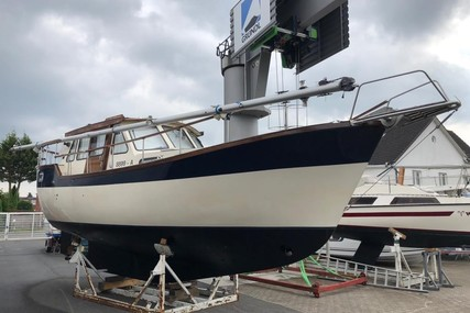 Nauticat 33 for sale in Germany for €49,900 (£42,714)